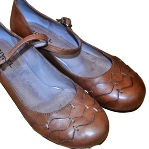 ANTHRO BIVIEL Brown Leather Mary Janes 8